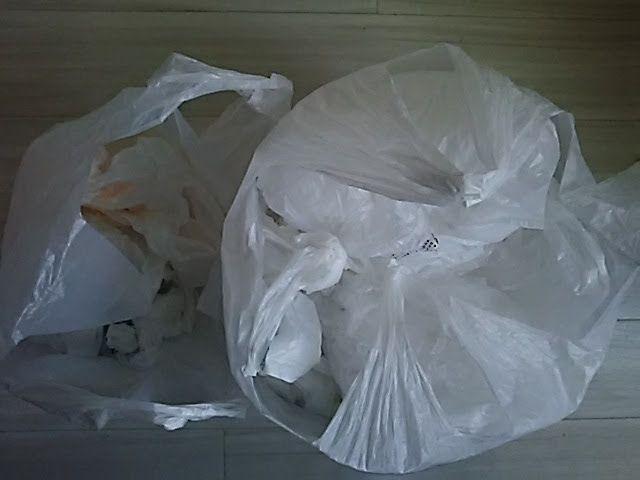 レジ袋を処分して大掃除開始